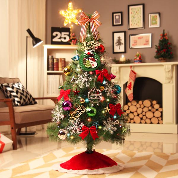 05646A_크리스마스트리(전구+사은품포함) 120cm